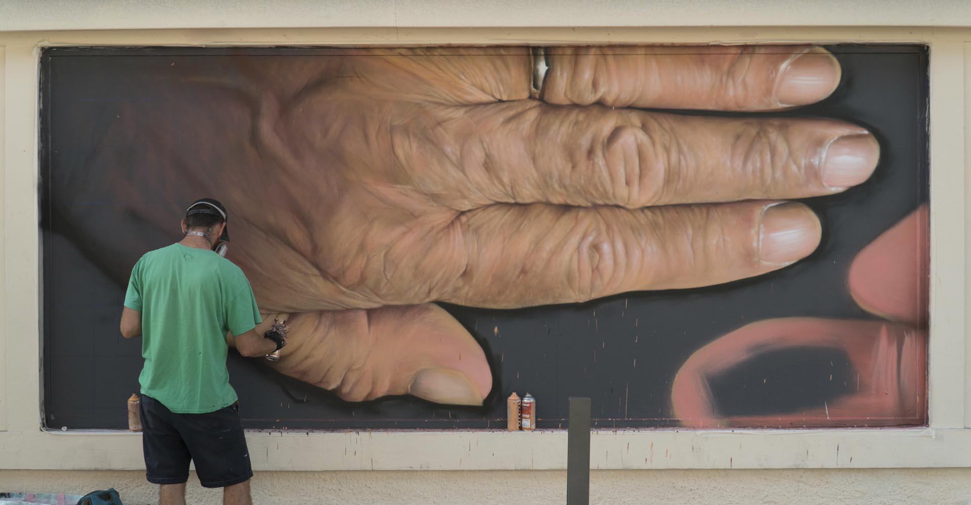 updaters-association-graffiti-le-mur-biarritz-3